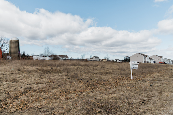 empty lot in Vintage Point