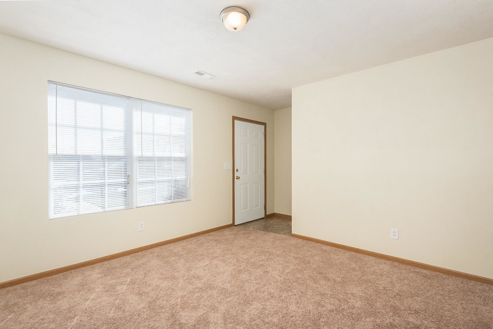 Three Bedroom Apartments Near McKendree University