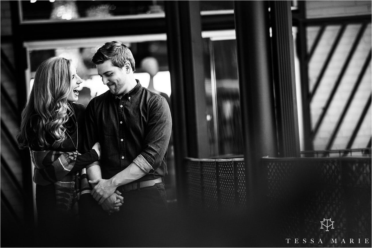 westiside_engagement_pictures_atlanta_couple_moving_to_nyc_atlanta_wedding_pictures_tessa_marie_weddings_0003