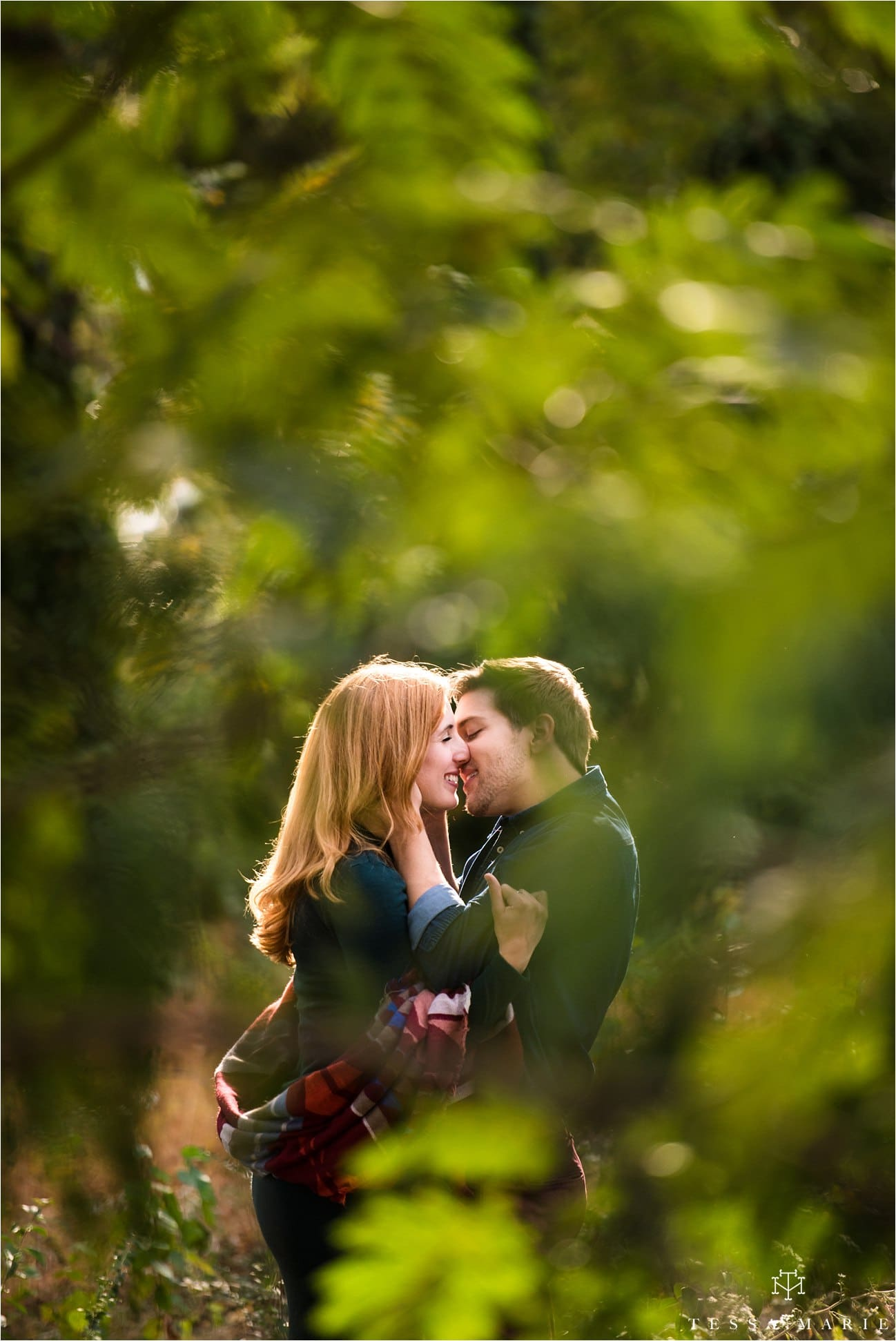 westiside_engagement_pictures_atlanta_couple_moving_to_nyc_atlanta_wedding_pictures_tessa_marie_weddings_0046