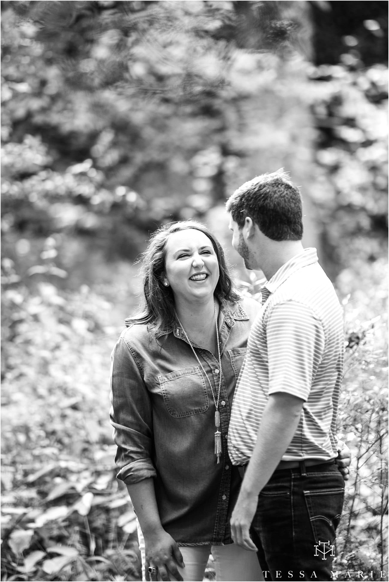 swan_house_engagement_pictures_tessa_marie_weddings_0101