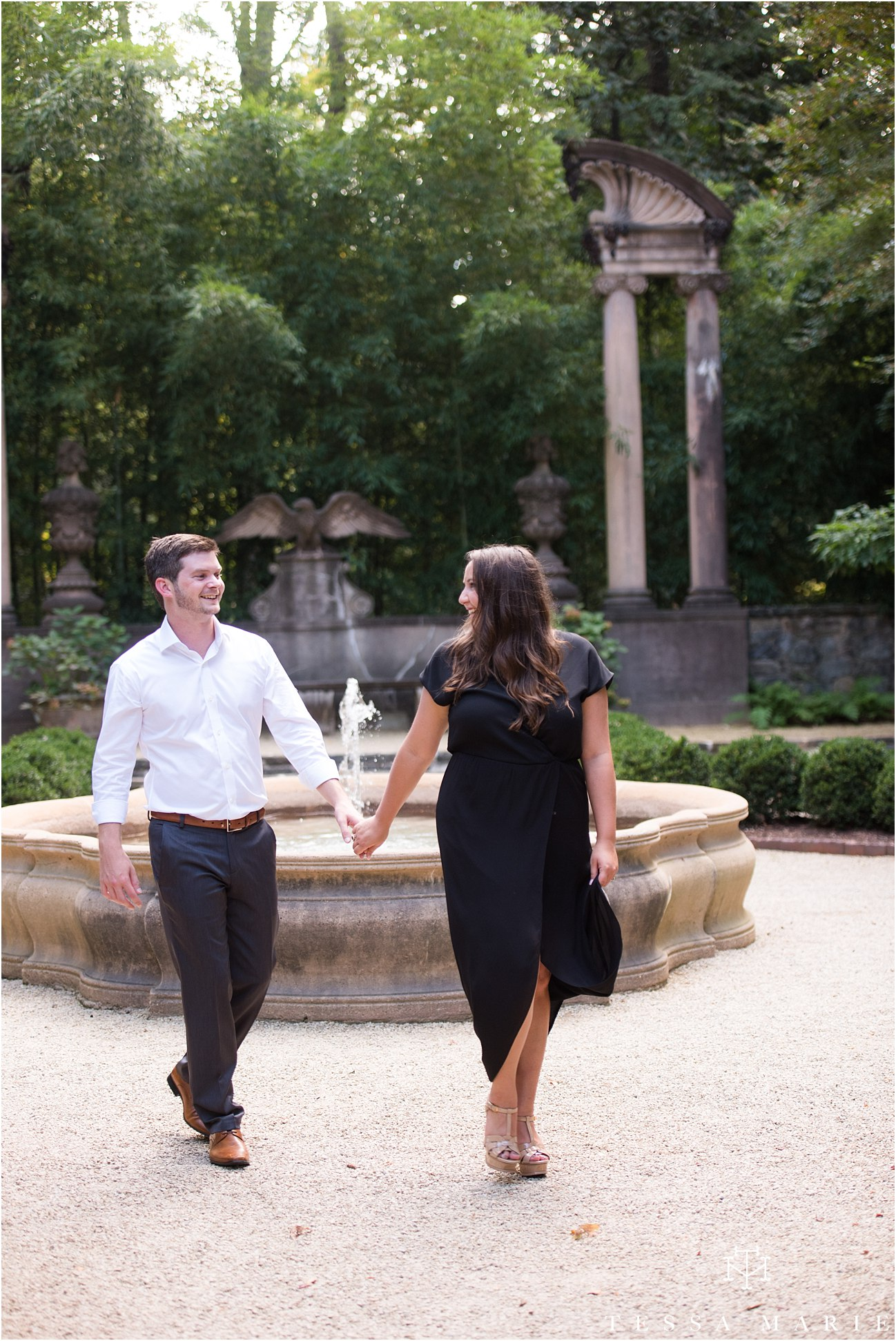 swan_house_engagement_pictures_tessa_marie_weddings_0125