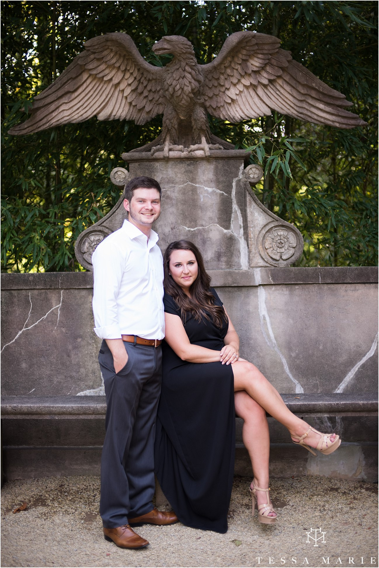 swan_house_engagement_pictures_tessa_marie_weddings_0126