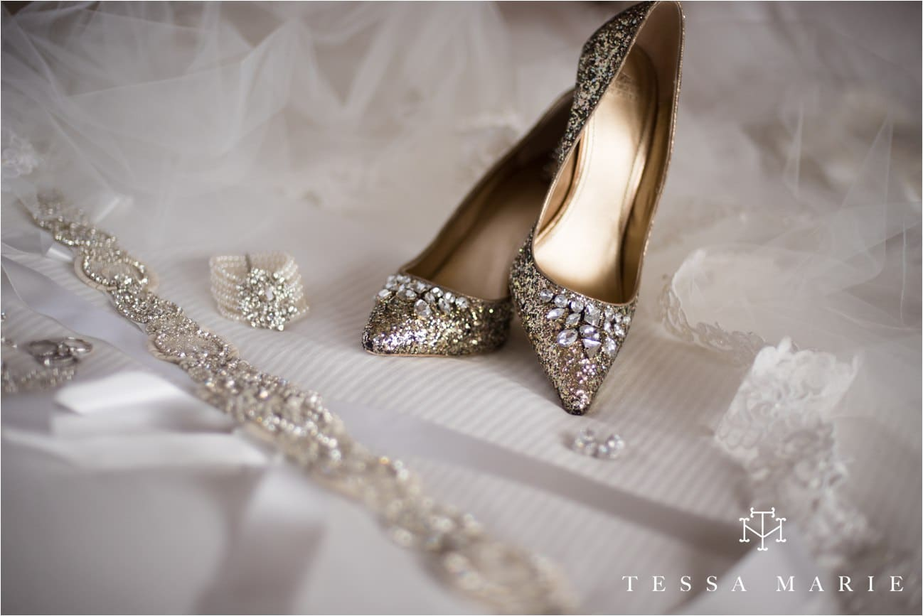 tessa_marie_brickyard_marietta_new_years_wedding_pictures_candid_emotional_wedding_portraits_0001
