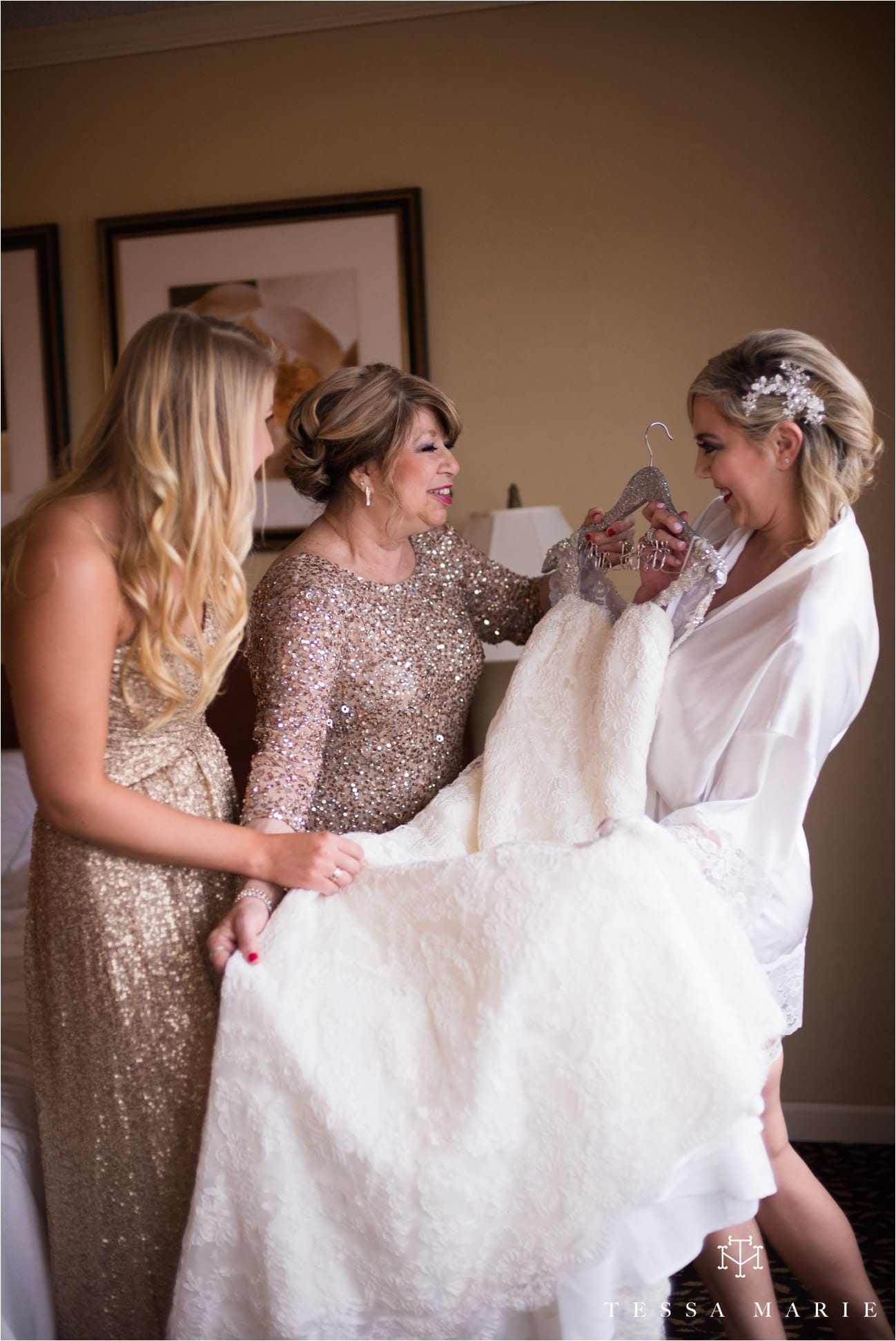 tessa_marie_brickyard_marietta_new_years_wedding_pictures_candid_emotional_wedding_portraits_0024