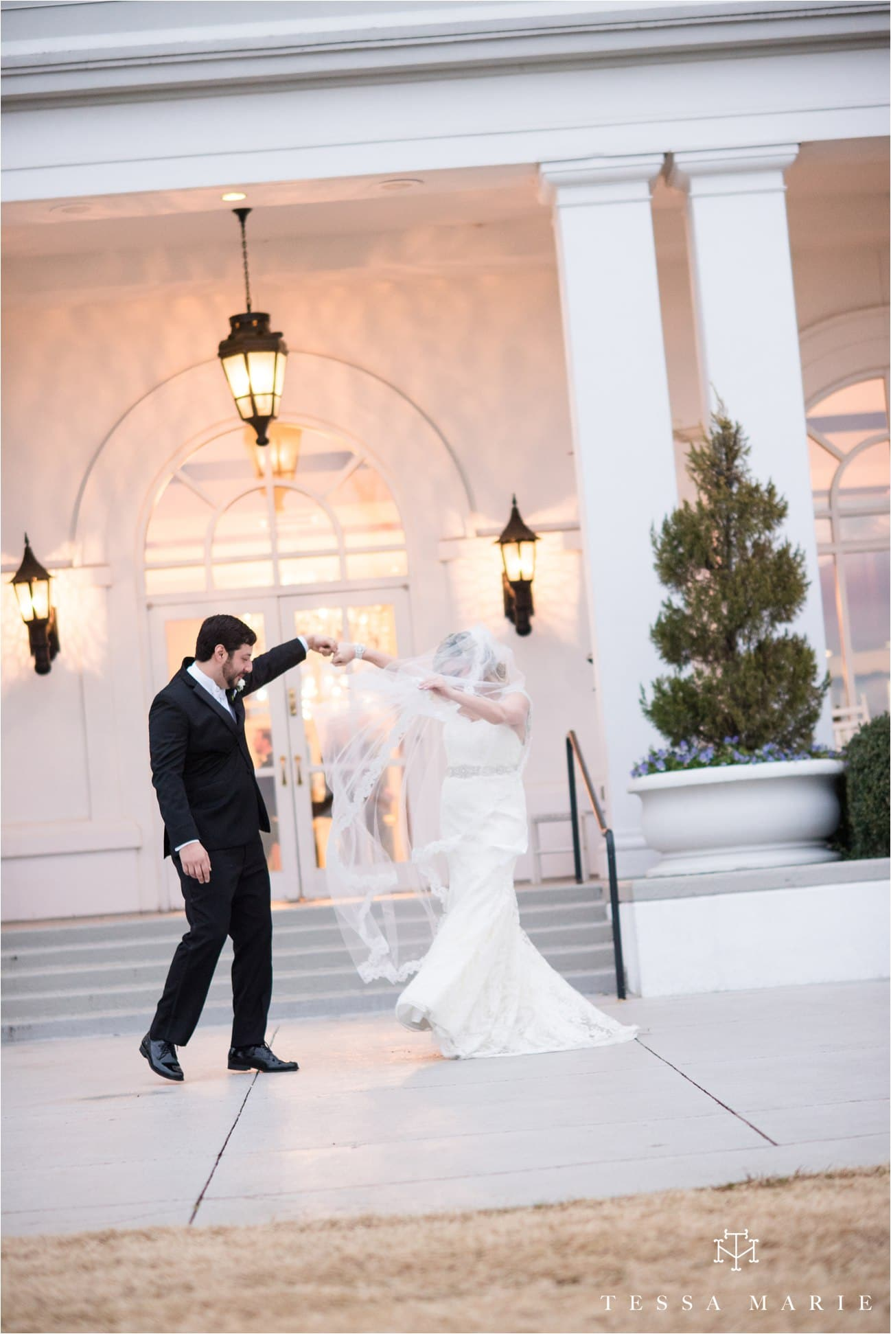 tessa_marie_brickyard_marietta_new_years_wedding_pictures_candid_emotional_wedding_portraits_0059