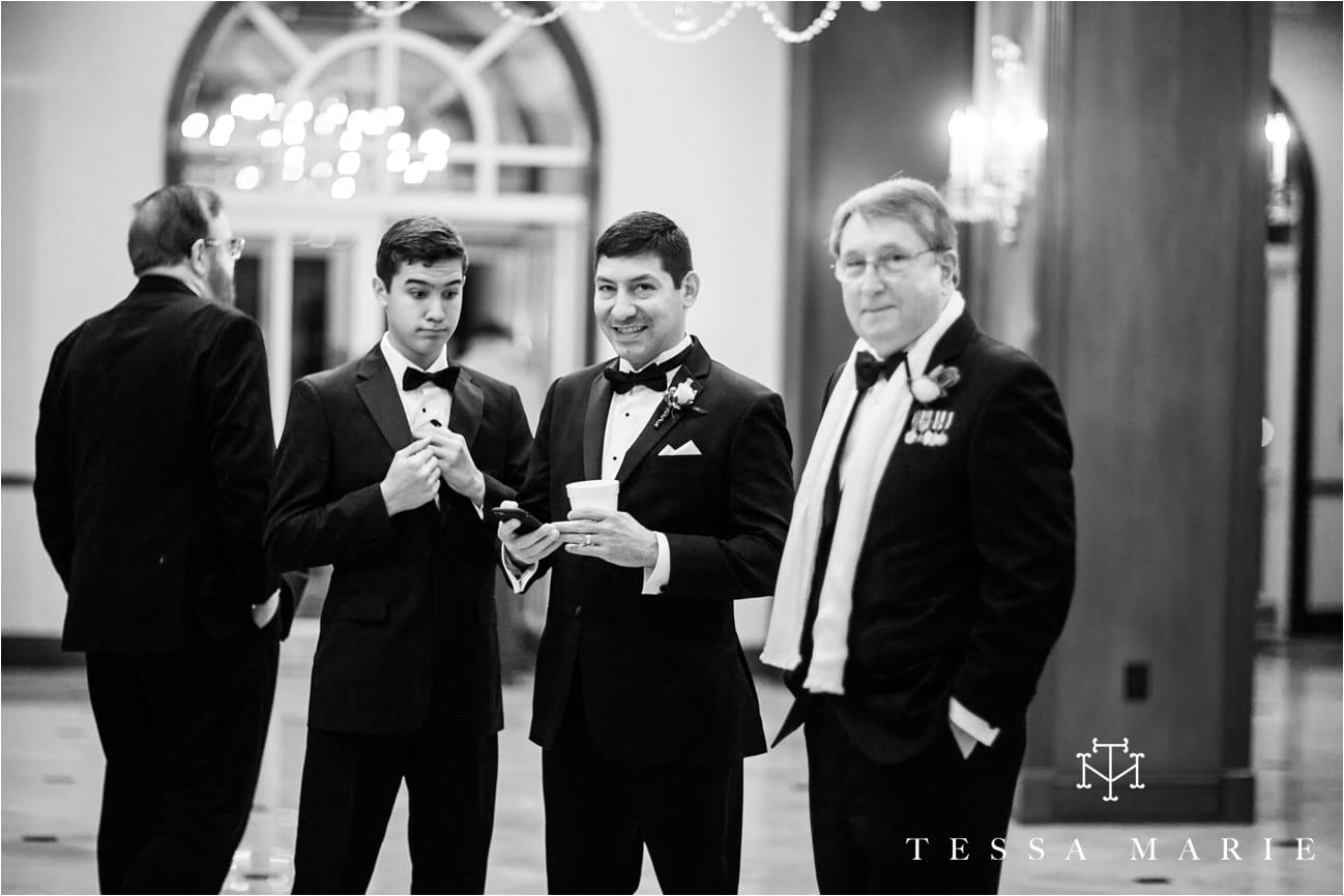 tessa_marie_brickyard_marietta_new_years_wedding_pictures_candid_emotional_wedding_portraits_0075
