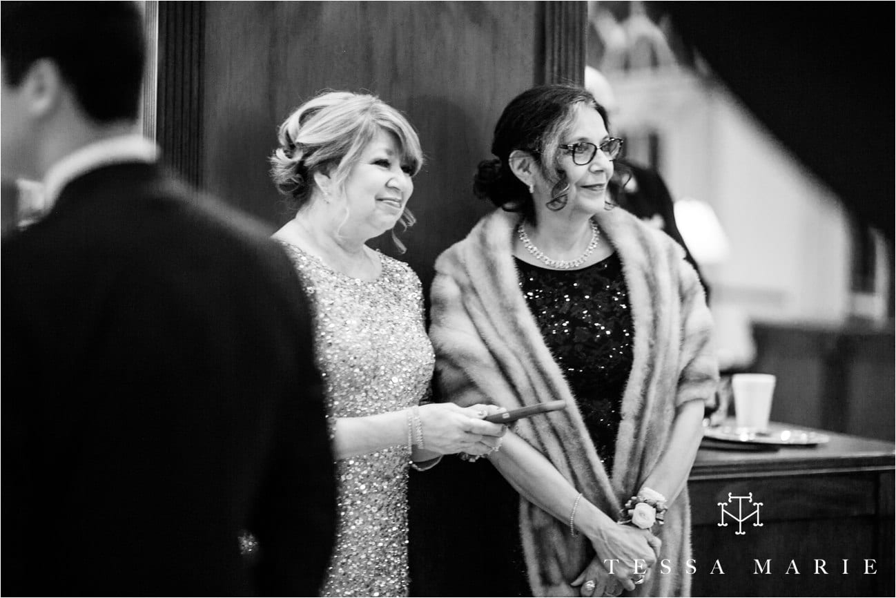 tessa_marie_brickyard_marietta_new_years_wedding_pictures_candid_emotional_wedding_portraits_0076