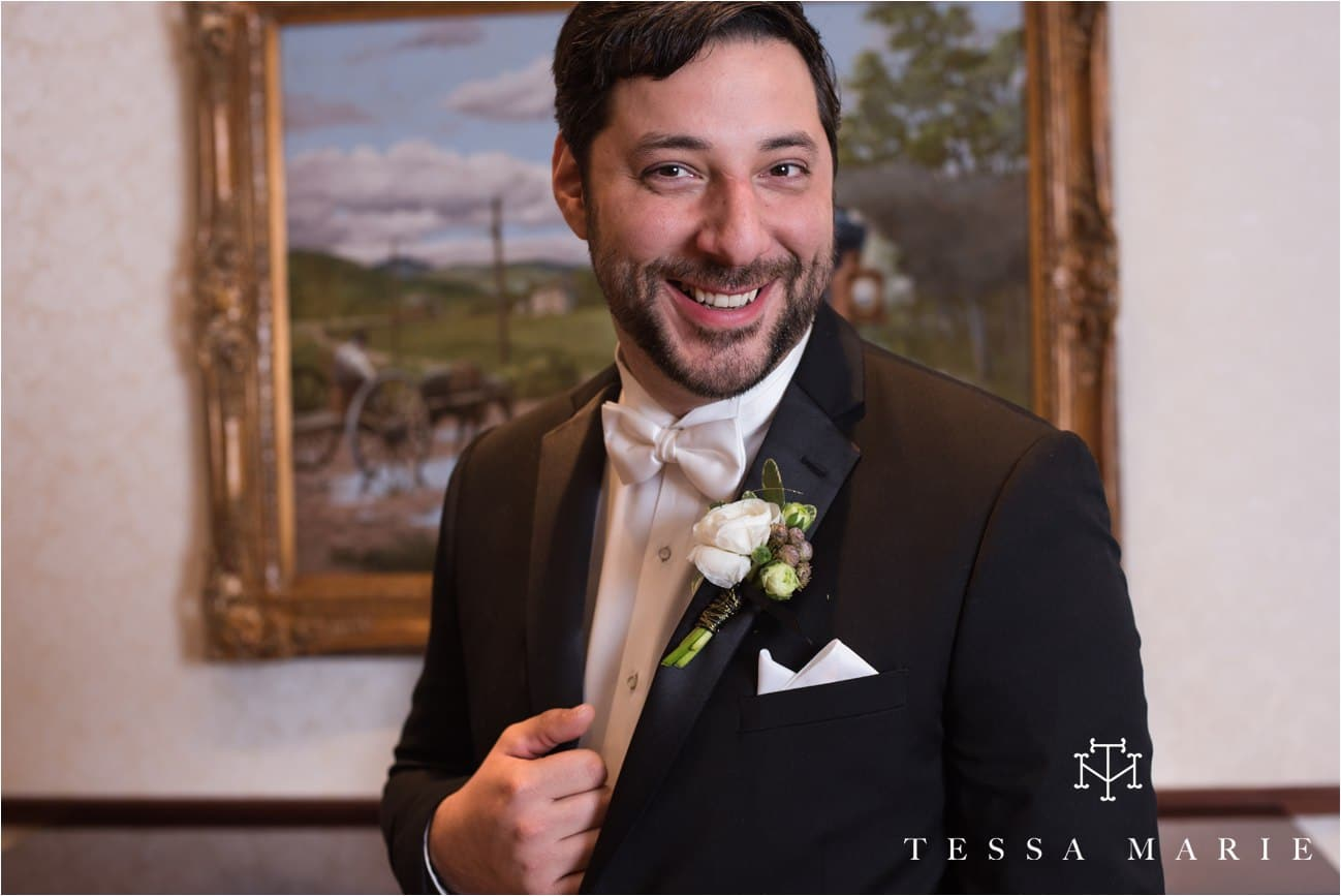 tessa_marie_brickyard_marietta_new_years_wedding_pictures_candid_emotional_wedding_portraits_0096