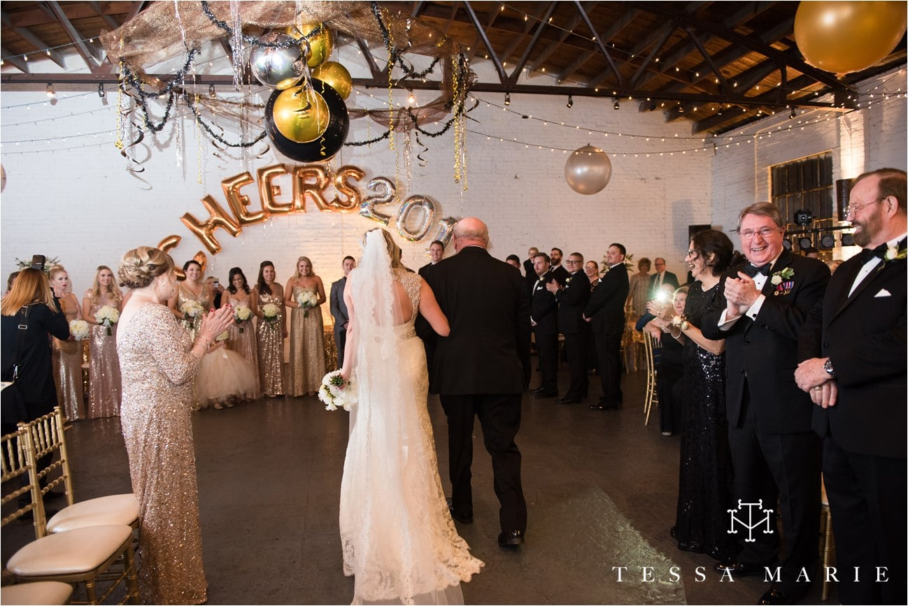 tessa_marie_brickyard_marietta_new_years_wedding_pictures_candid_emotional_wedding_portraits_0115