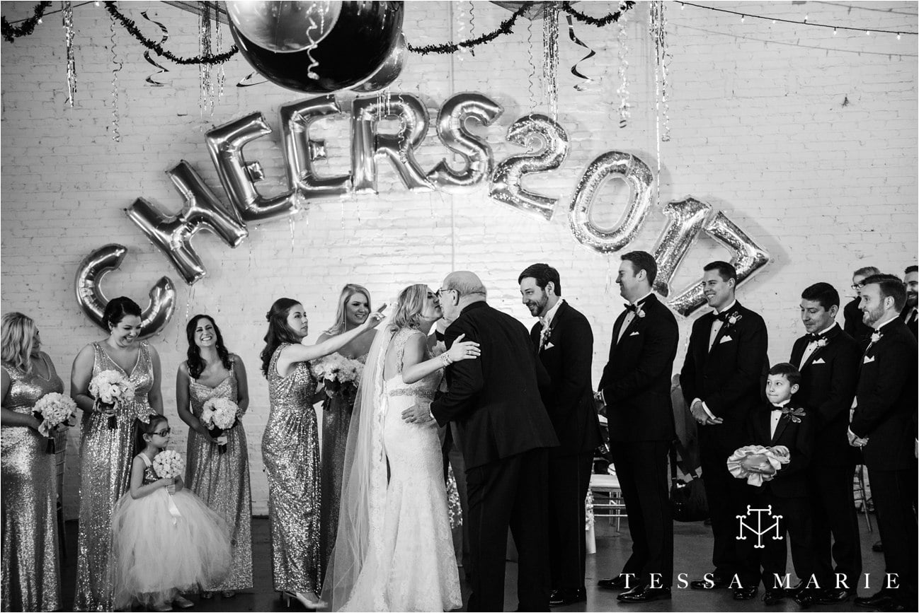 tessa_marie_brickyard_marietta_new_years_wedding_pictures_candid_emotional_wedding_portraits_0116