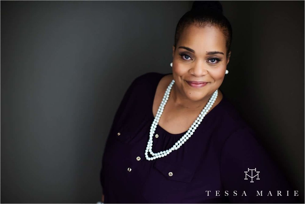 Tessa_marie_studios_womens_headshots_portraits_empowering_full_experience_something_for_mom_0041