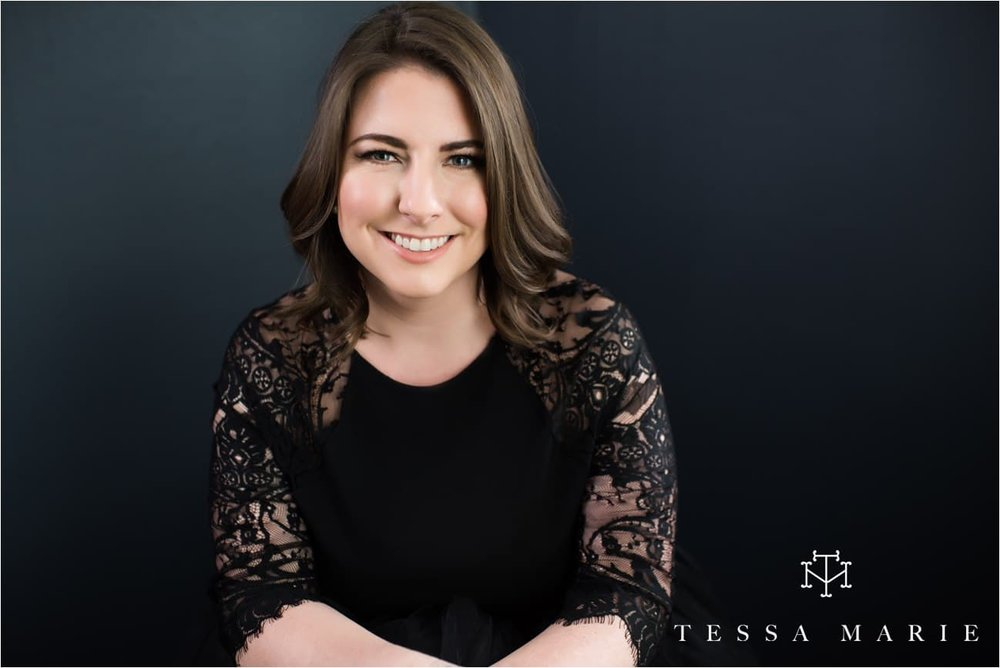 Tessa_marie_studios_womens_boudoir_portraits_empowering_full_experience_empowering_feeling_beautiful_0123