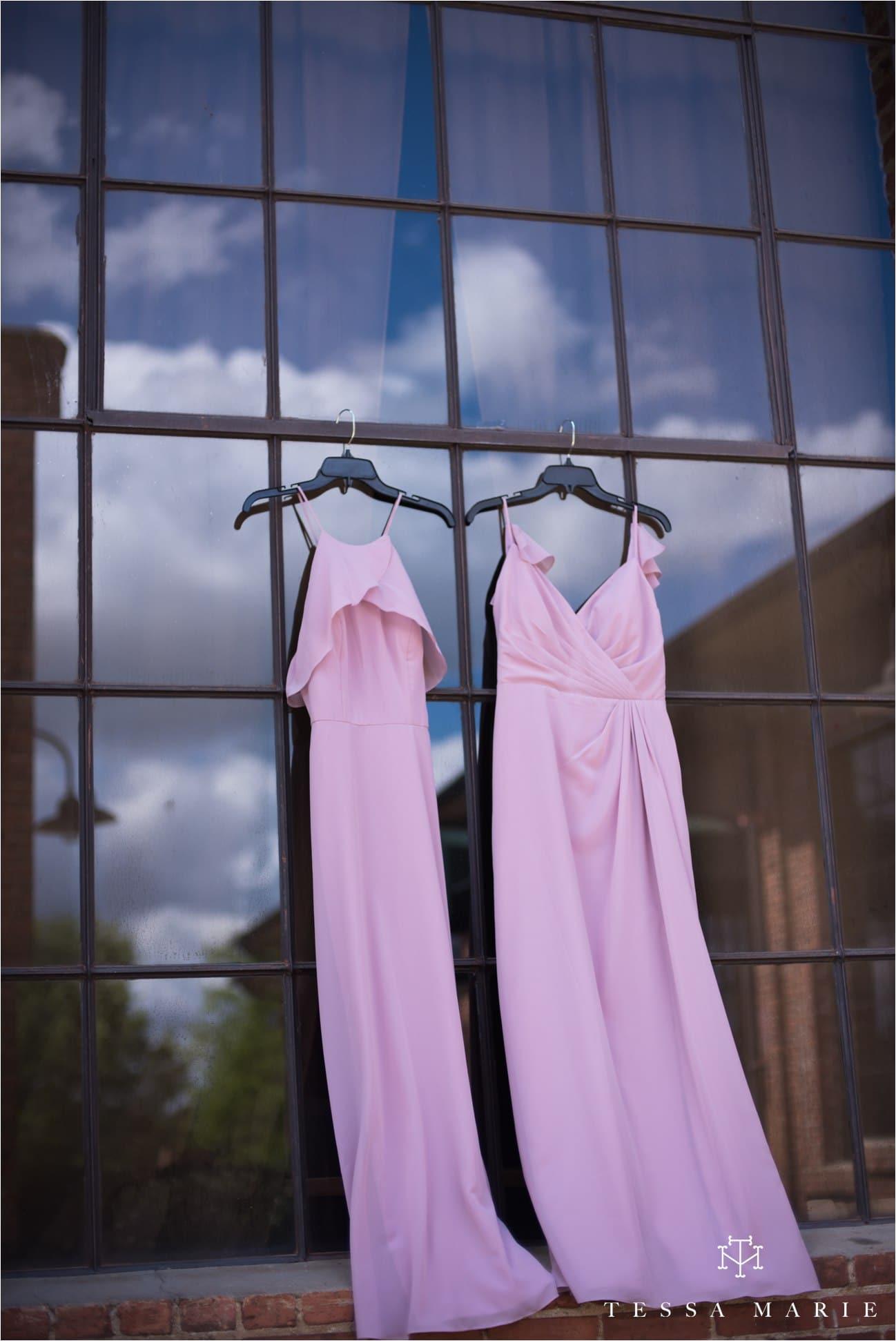 tessa_marie_weddings_rivermill_event_centere_candid_outdoor_wedding_photos_0009