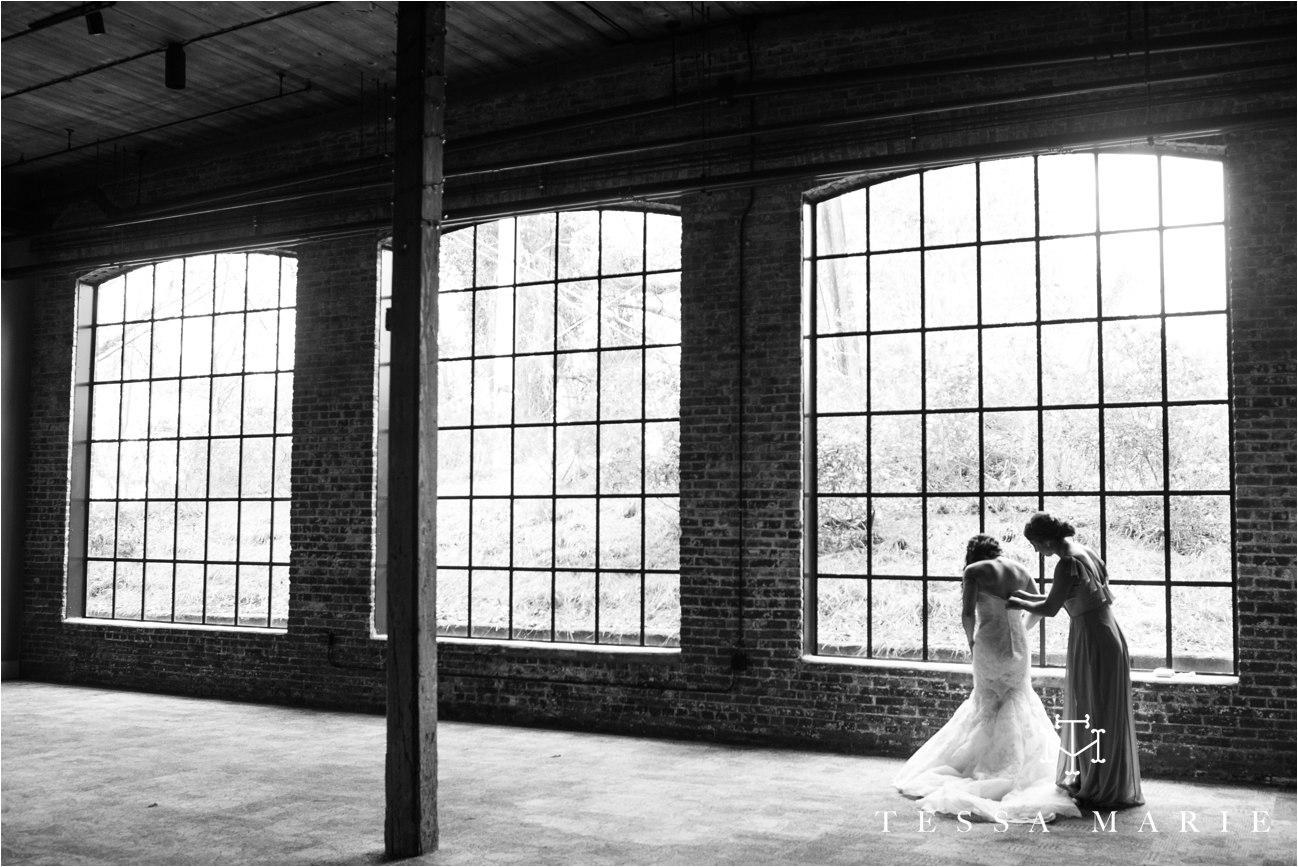 tessa_marie_weddings_rivermill_event_centere_candid_outdoor_wedding_photos_0029