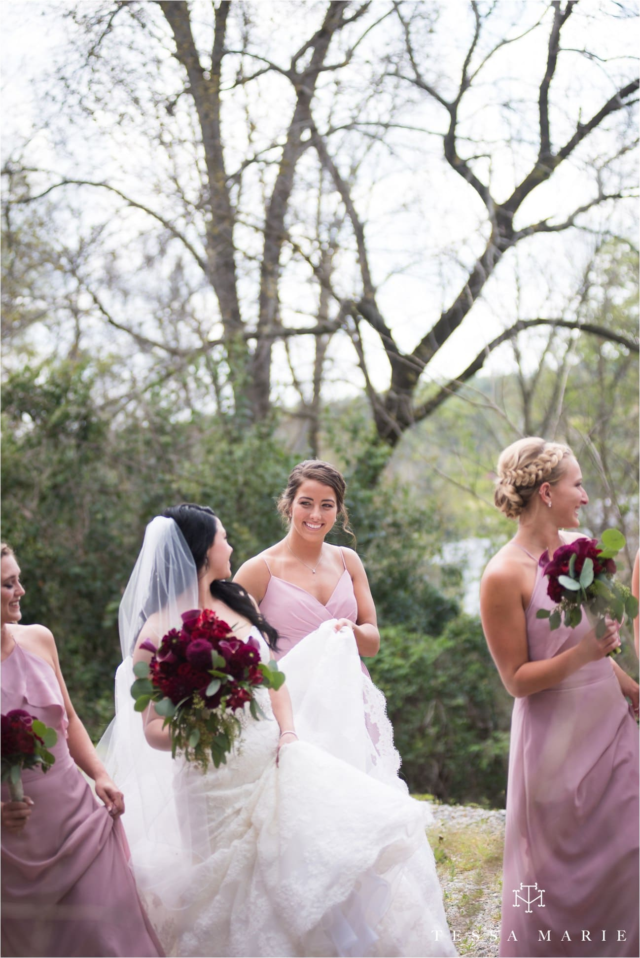 tessa_marie_weddings_rivermill_event_centere_candid_outdoor_wedding_photos_0061