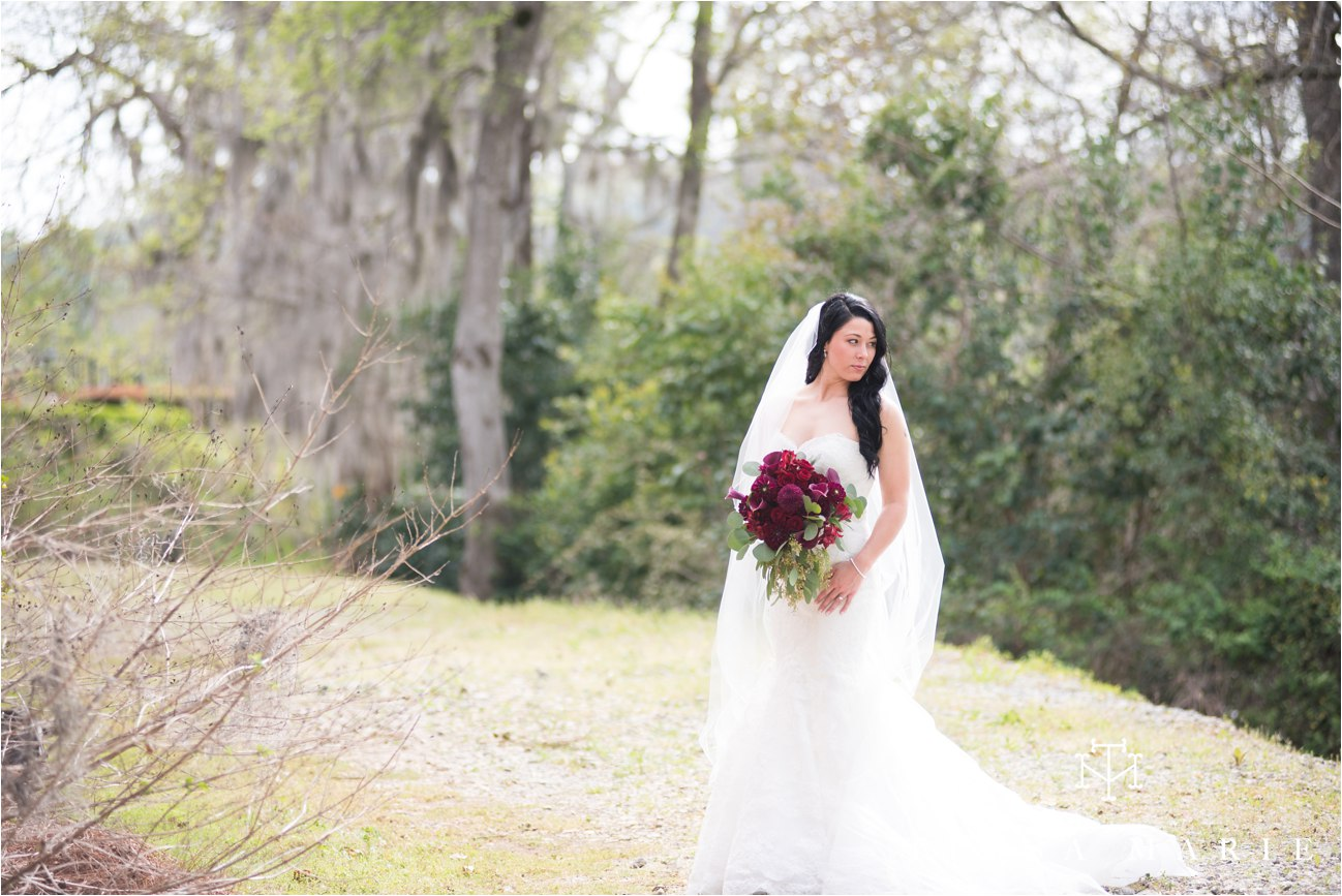 tessa_marie_weddings_rivermill_event_centere_candid_outdoor_wedding_photos_0079