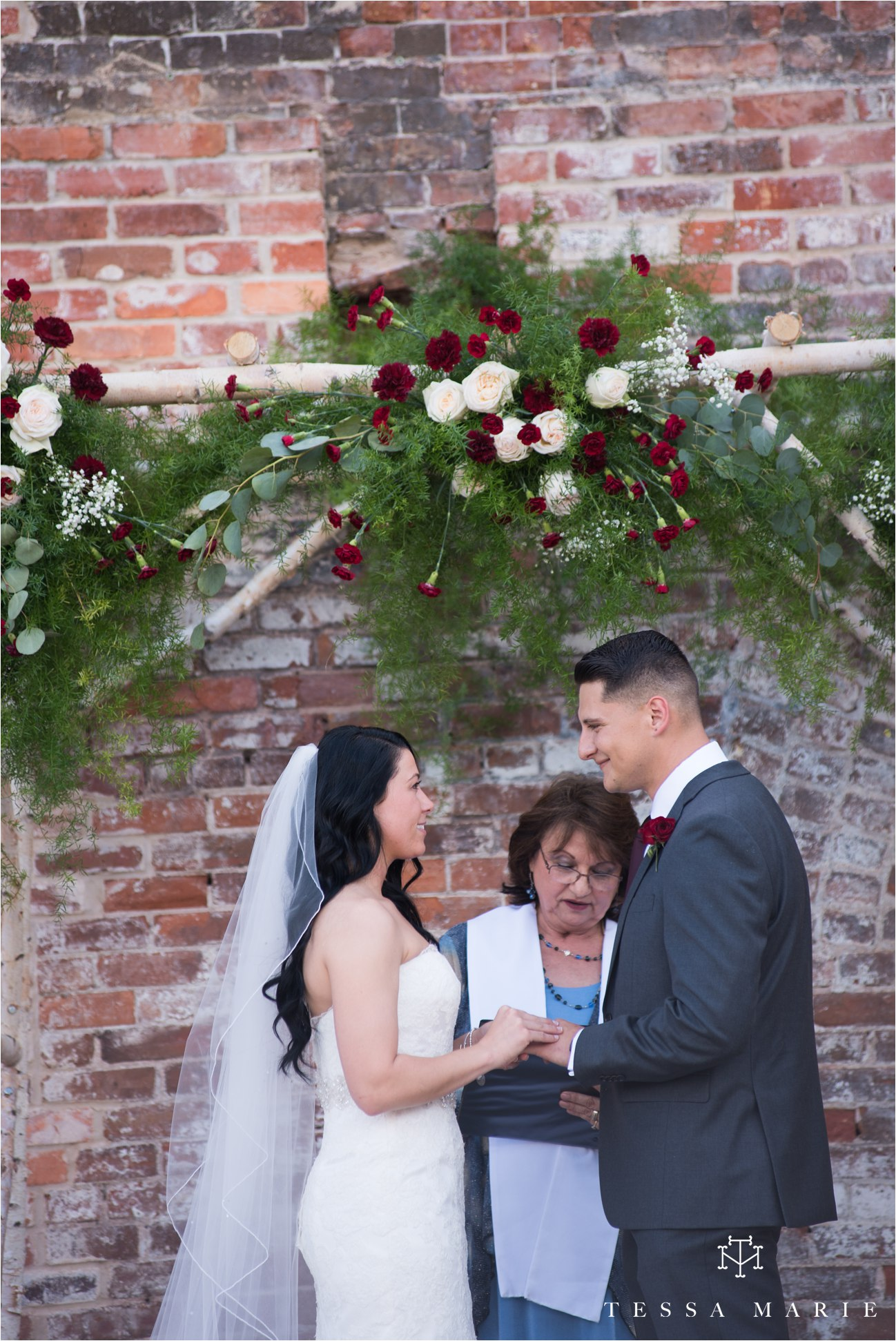 tessa_marie_weddings_rivermill_event_centere_candid_outdoor_wedding_photos_0218