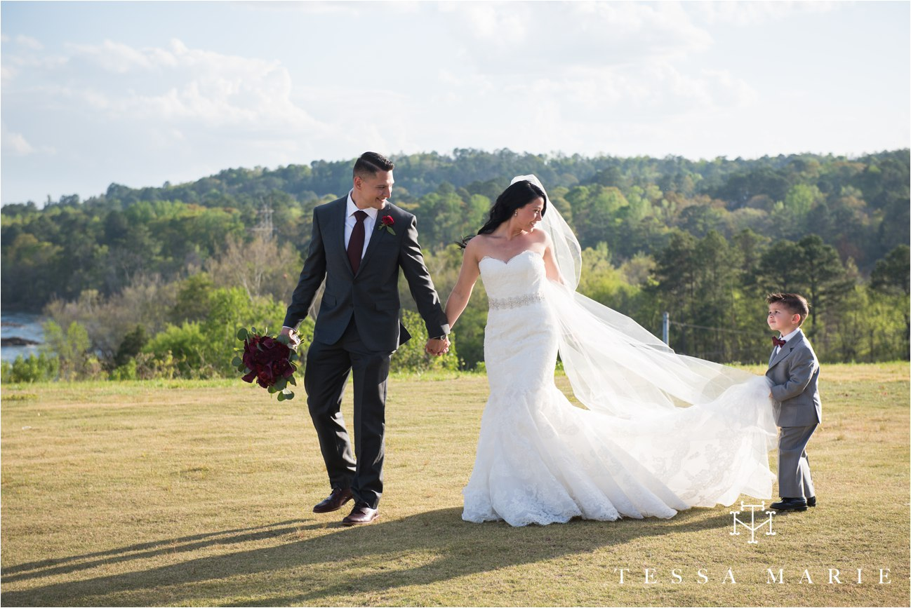 tessa_marie_weddings_rivermill_event_centere_candid_outdoor_wedding_photos_0232