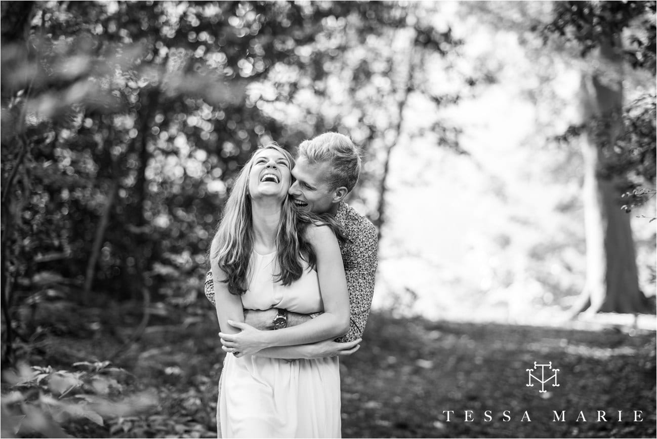 tessa_marie_studios_engagement_pictures_by_the_river_tessa_marie_weddings_0003