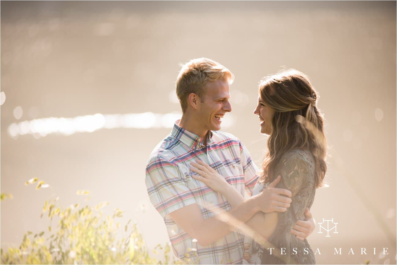 tessa_marie_studios_engagement_pictures_by_the_river_tessa_marie_weddings_0021