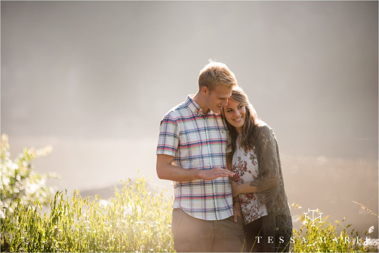 tessa_marie_studios_engagement_pictures_by_the_river_tessa_marie_weddings_0023