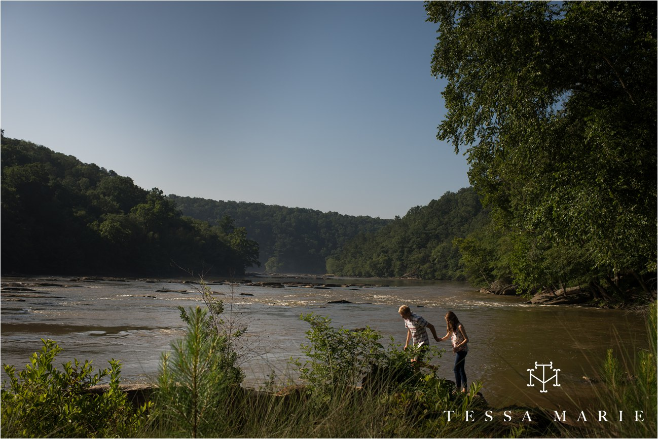 tessa_marie_studios_engagement_pictures_by_the_river_tessa_marie_weddings_0029