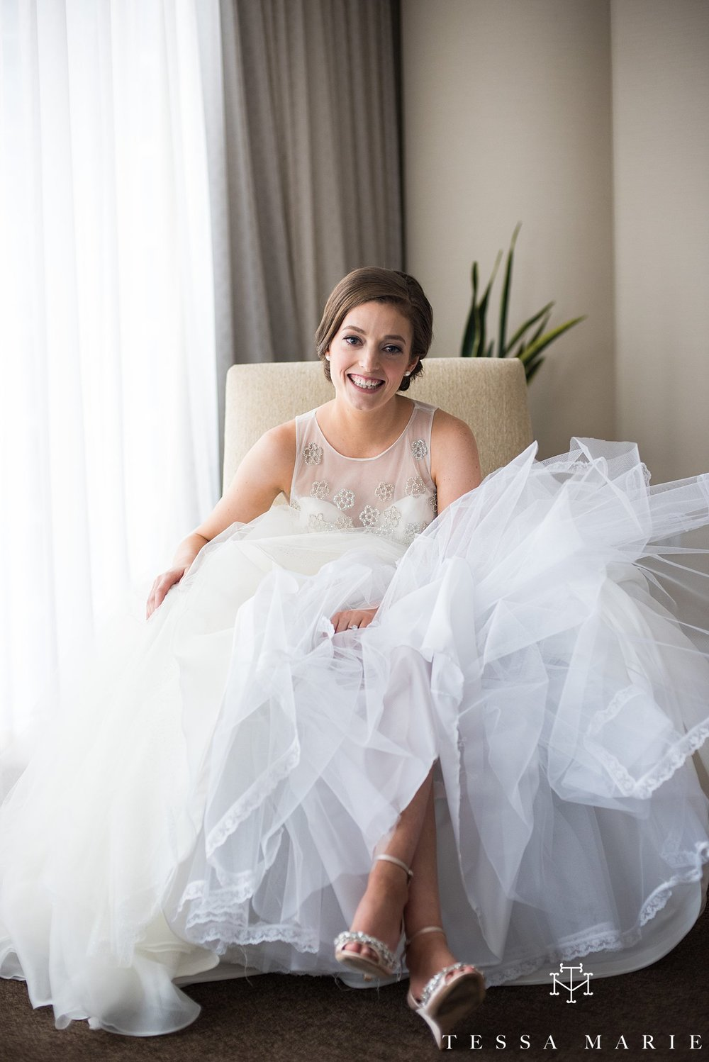 atlanta_wedding_photographer_tessa_marie_weddings_lowes_hotel_peachtree_midtown_fall_wedding_0099.jpg