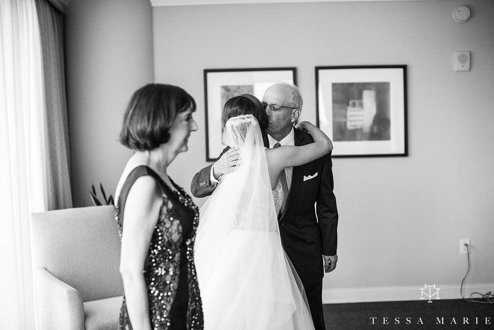 atlanta_wedding_photographer_tessa_marie_weddings_lowes_hotel_peachtree_midtown_fall_wedding_0118.jpg