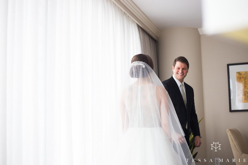 atlanta_wedding_photographer_tessa_marie_weddings_lowes_hotel_peachtree_midtown_fall_wedding_0179.jpg