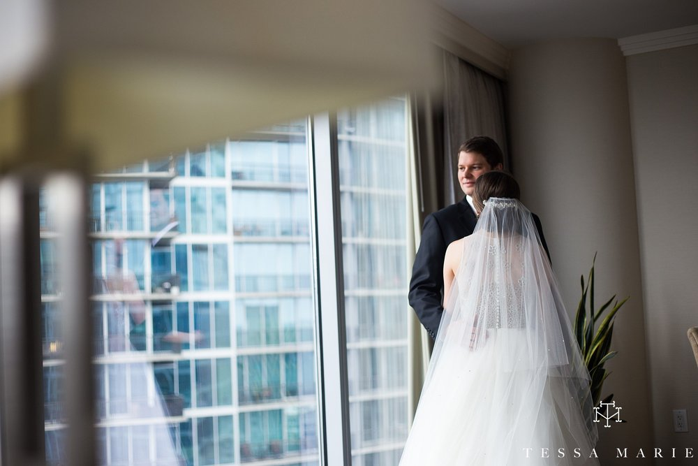 atlanta_wedding_photographer_tessa_marie_weddings_lowes_hotel_peachtree_midtown_fall_wedding_0205.jpg