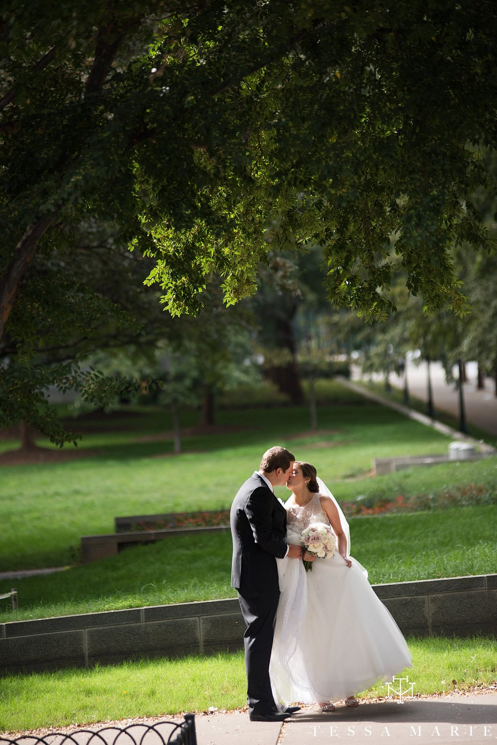 atlanta_wedding_photographer_tessa_marie_weddings_lowes_hotel_peachtree_midtown_fall_wedding_0232.jpg