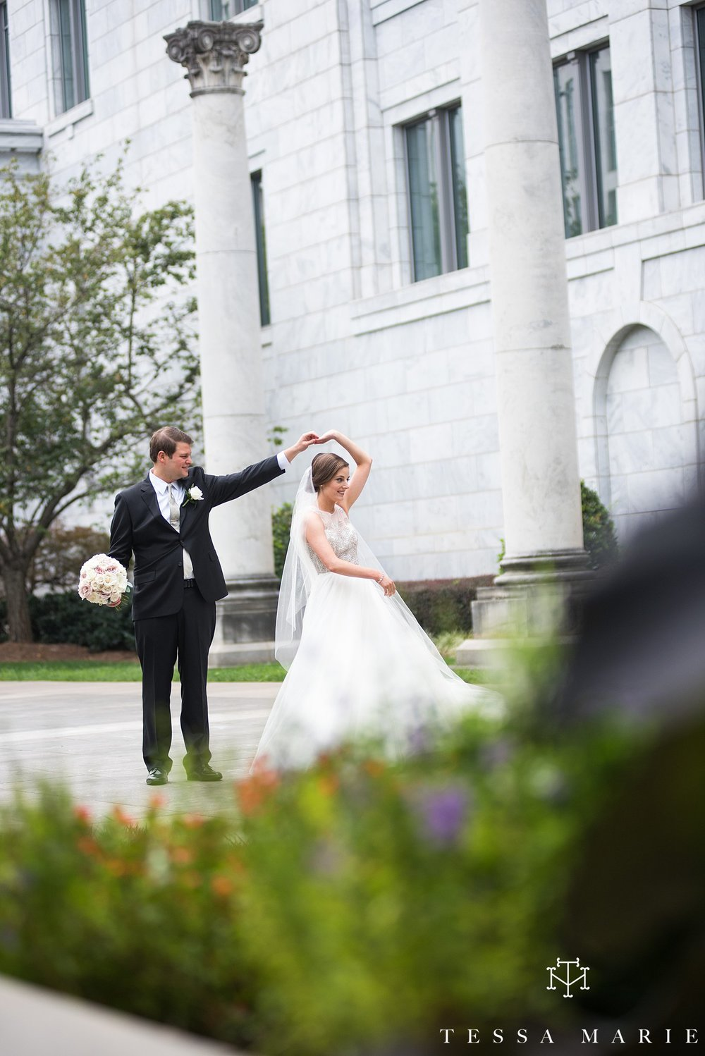 atlanta_wedding_photographer_tessa_marie_weddings_lowes_hotel_peachtree_midtown_fall_wedding_0253.jpg