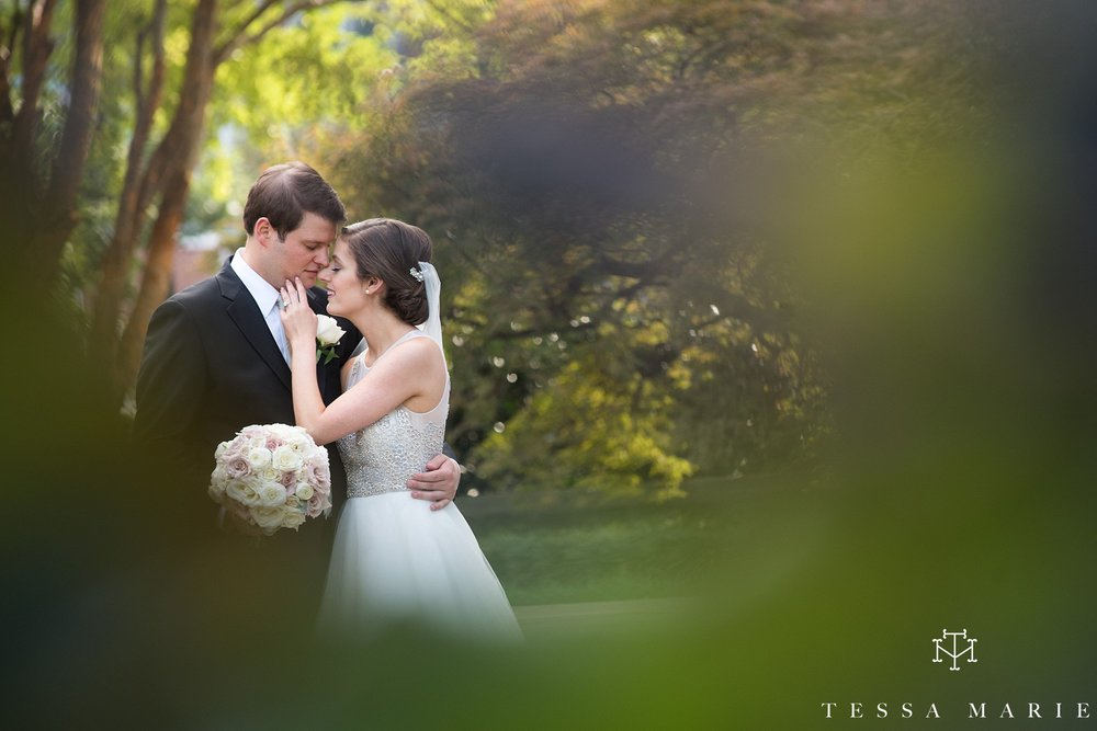atlanta_wedding_photographer_tessa_marie_weddings_lowes_hotel_peachtree_midtown_fall_wedding_0416.jpg