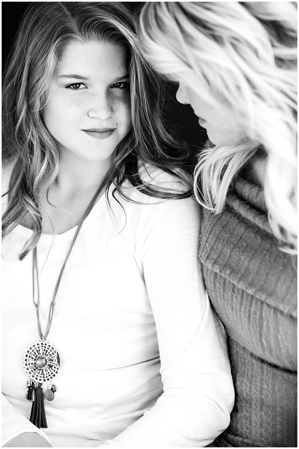 Tessa_marie_photography_family_portrait_photographer_mother_daughter_family_sessions_timeless_elegance_Vogue_magazine_style_portraits_contemporary_portraits_0095.jpg