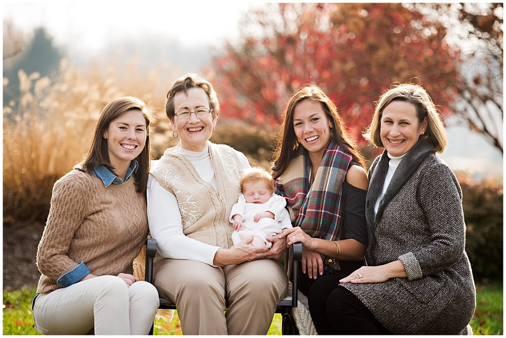 Tessa_marie_photography_family_portrait_photographer_mother_daughter_family_sessions_timeless_elegance_Vogue_magazine_style_portraits_contemporary_portraits_0140.jpg