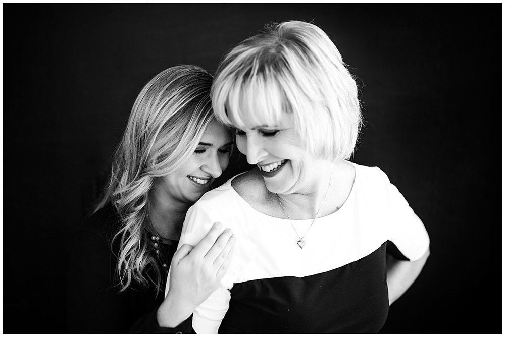 Tessa_marie_photography_family_portrait_photographer_mother_daughter_family_sessions_timeless_elegance_Vogue_magazine_style_portraits_contemporary_portraits_0146.jpg