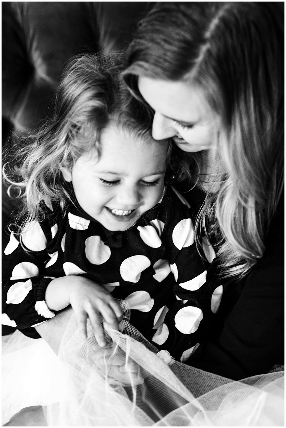 Tessa_marie_photography_family_portrait_photographer_mother_daughter_family_sessions_timeless_elegance_Vogue_magazine_style_portraits_contemporary_portraits_0149.jpg