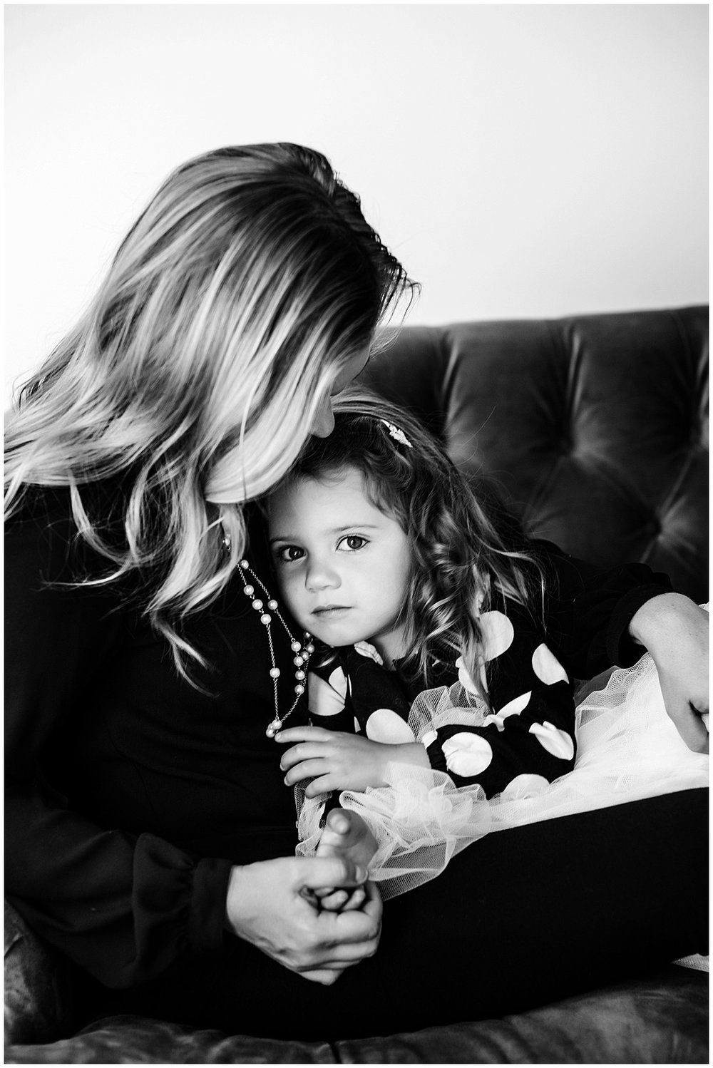 Tessa_marie_photography_family_portrait_photographer_mother_daughter_family_sessions_timeless_elegance_Vogue_magazine_style_portraits_contemporary_portraits_0153.jpg