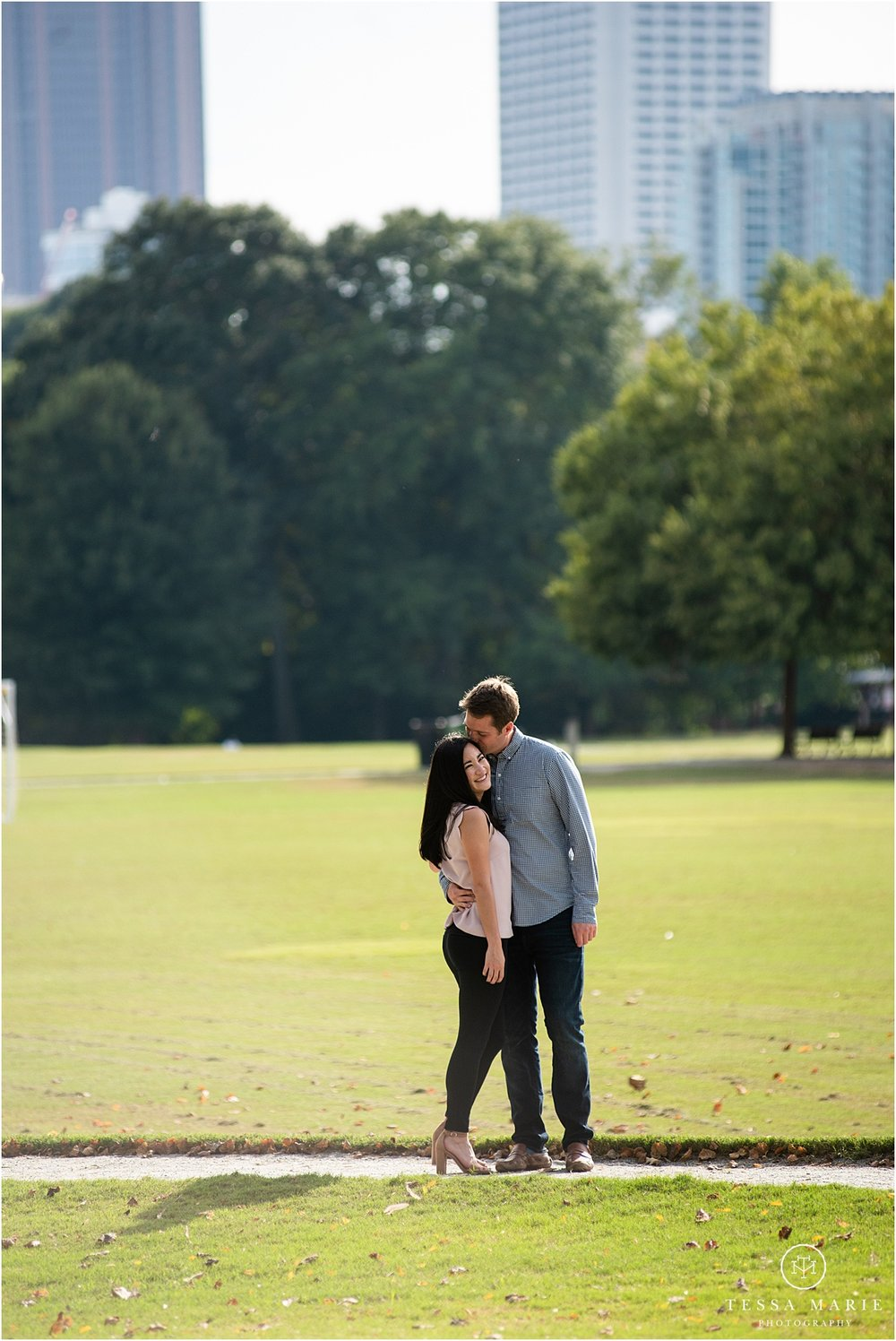 Tessa_marie_photography_wedding_photographer_engagement_pictures_piedmont_park_0009.jpg