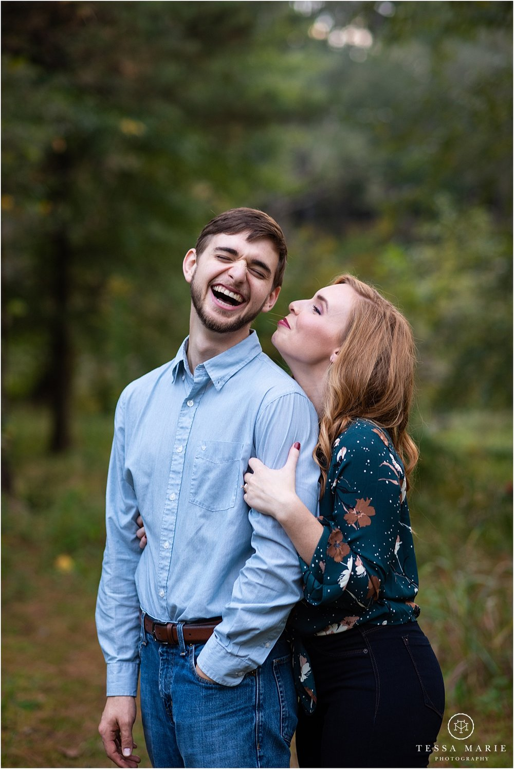 Tessa_marie_photography_wedding_photographer_engagement_pictures_river_engagement_0019.jpg