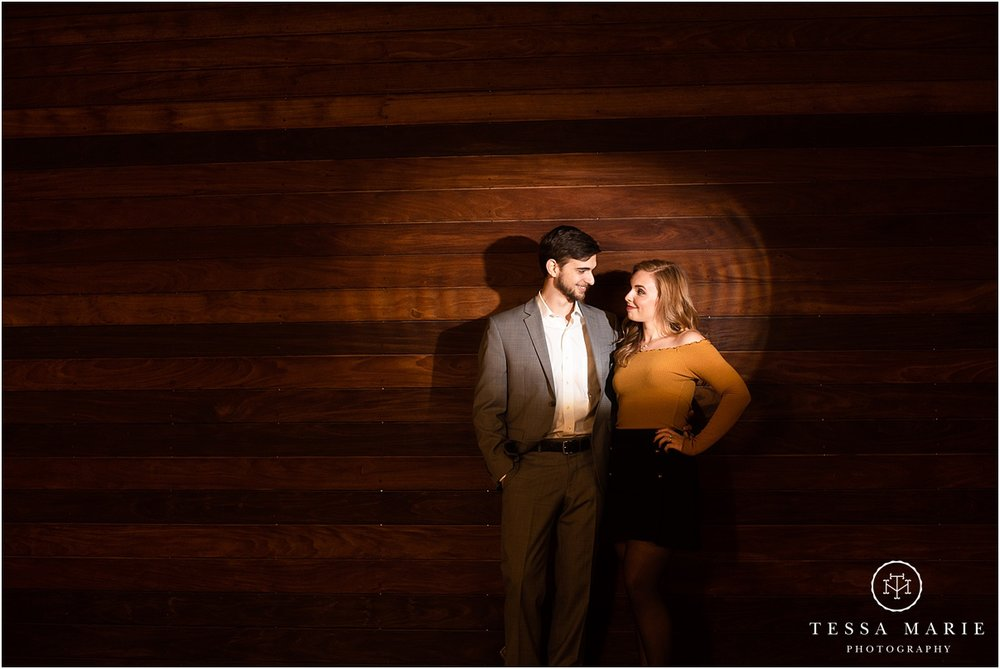 Tessa_marie_photography_wedding_photographer_engagement_pictures_river_engagement_0032.jpg