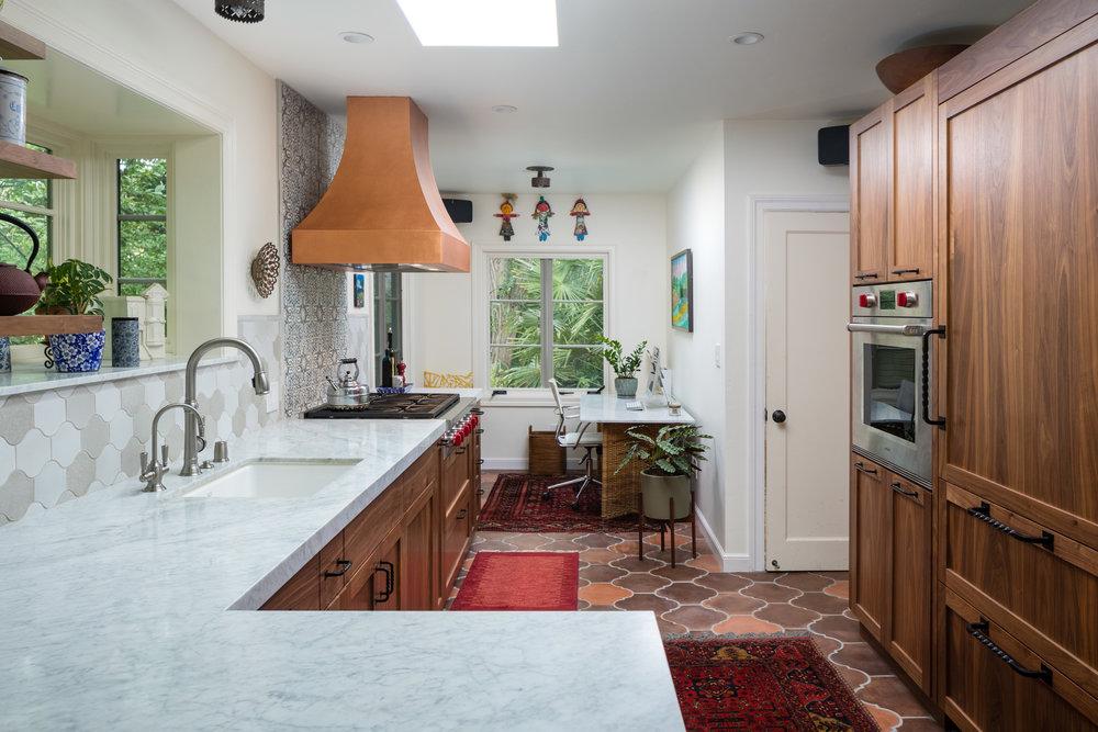 604 Santa Fe kitchen 04.jpg