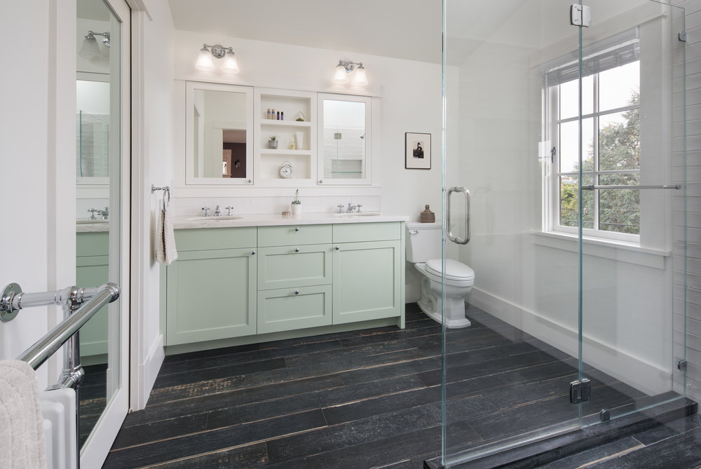 180522_923_Ordway_Master_Bathroom.jpg