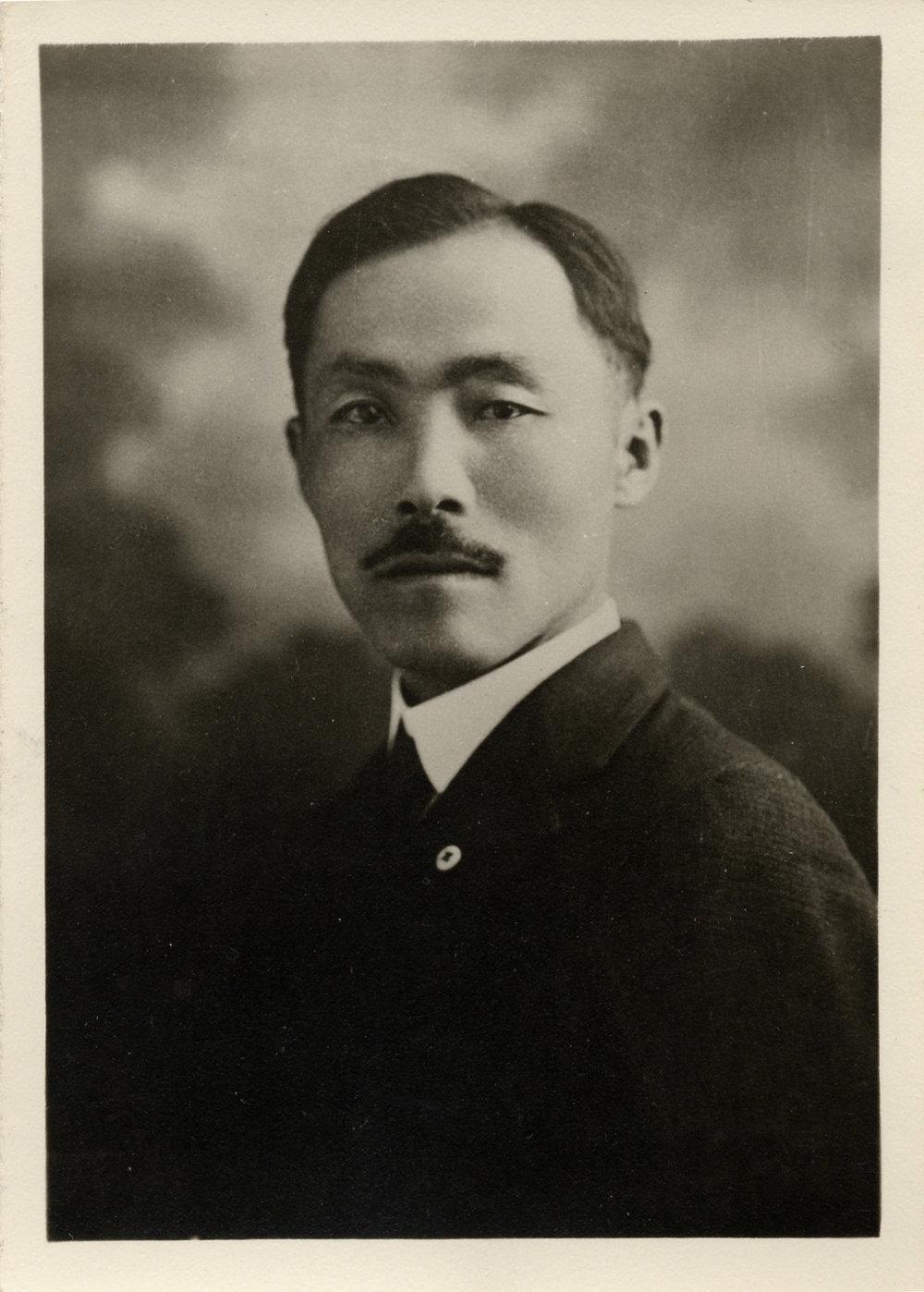 1919dosan360j.jpg