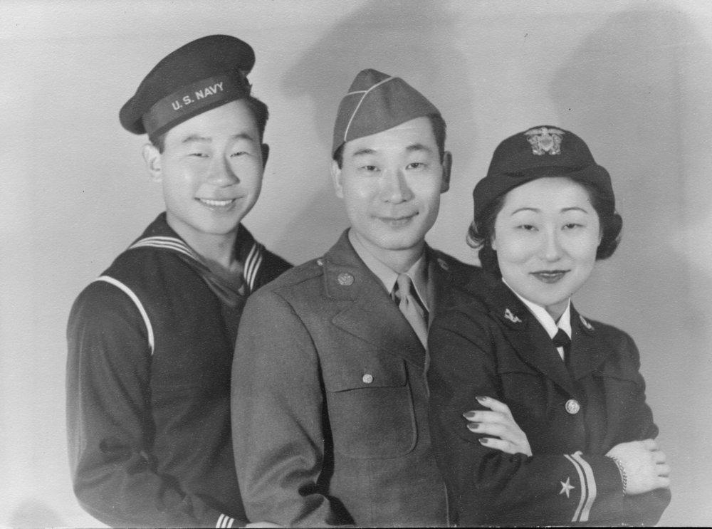1942ahnsservice400.jpg