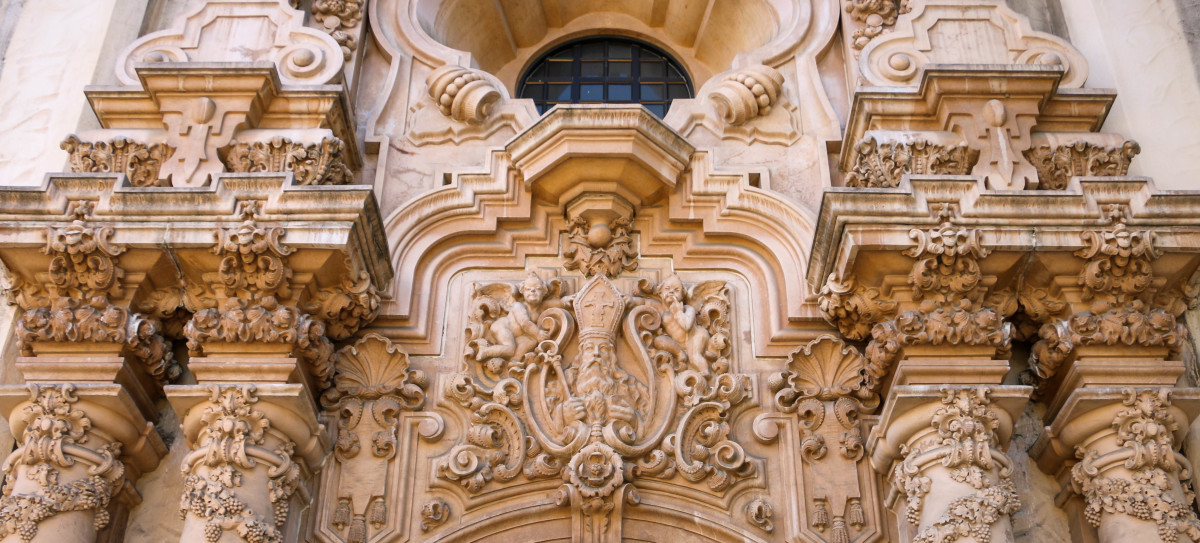 Planning a trip to San Diego? Learn everything there is to know about Balboa Park!