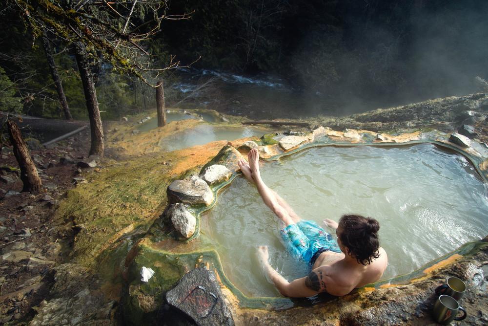A Guide To: Umpqua Hot Springs