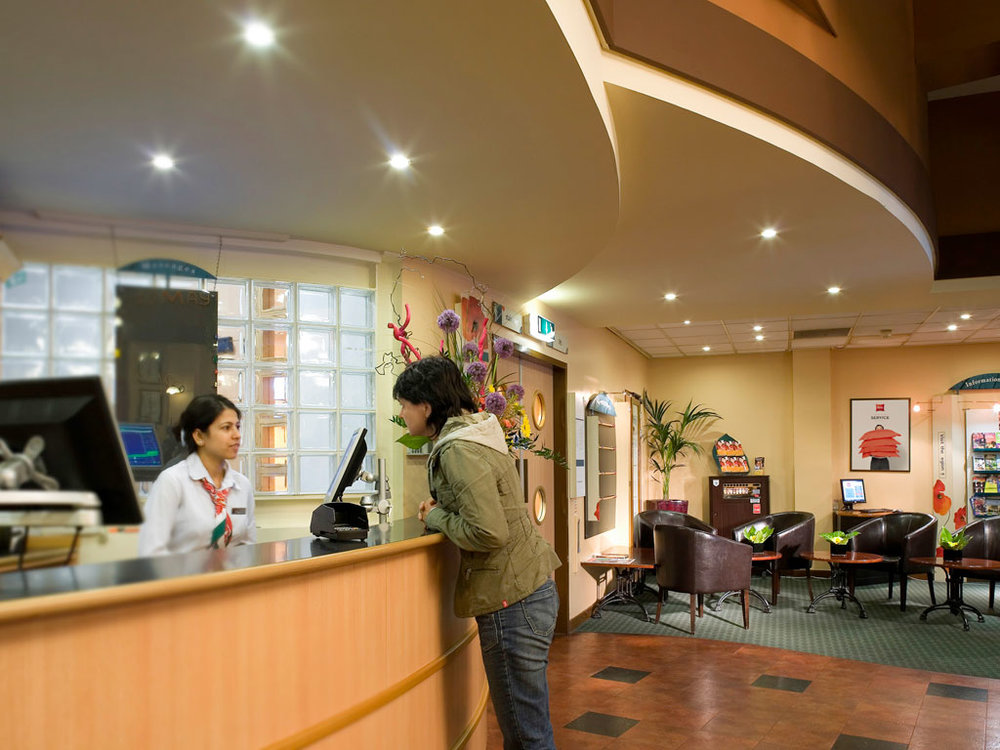 ibis-Sheffield-Reception.jpg
