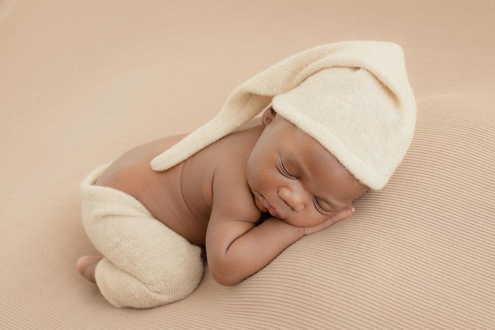 newborn-photography-london02.jpg